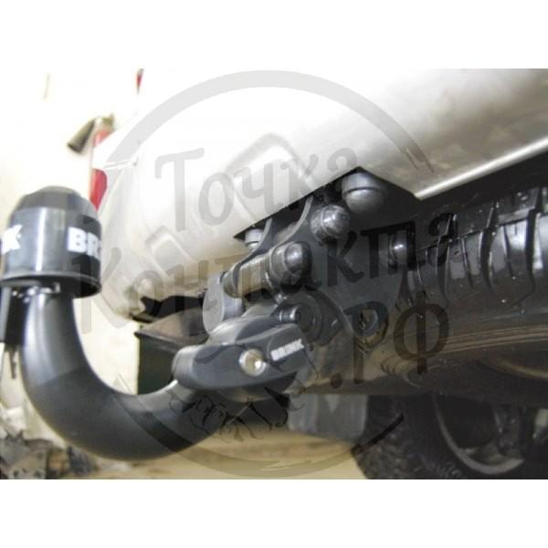 Фаркоп Brink 424700 для Toyota Land Cruiser 200 (2009-)