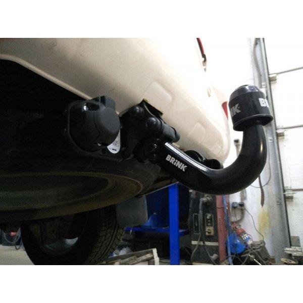 Фаркоп Brink 424700 для Toyota Land Cruiser V8 (2008+)